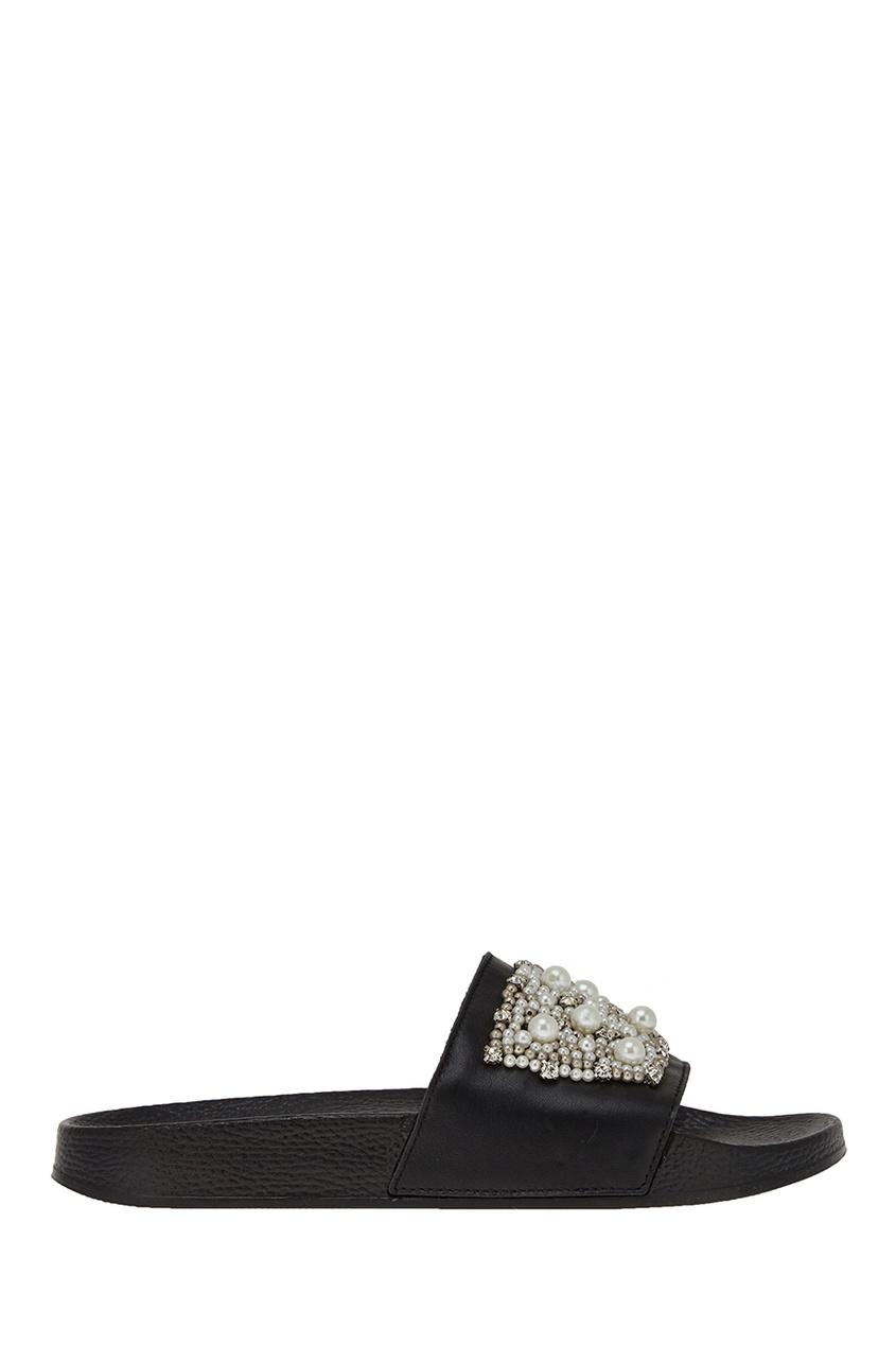 Кожаные сандалии с жемчужинами