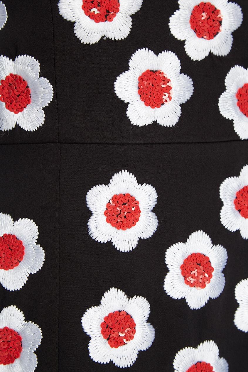 Хлопковое платье с вышитыми цветами