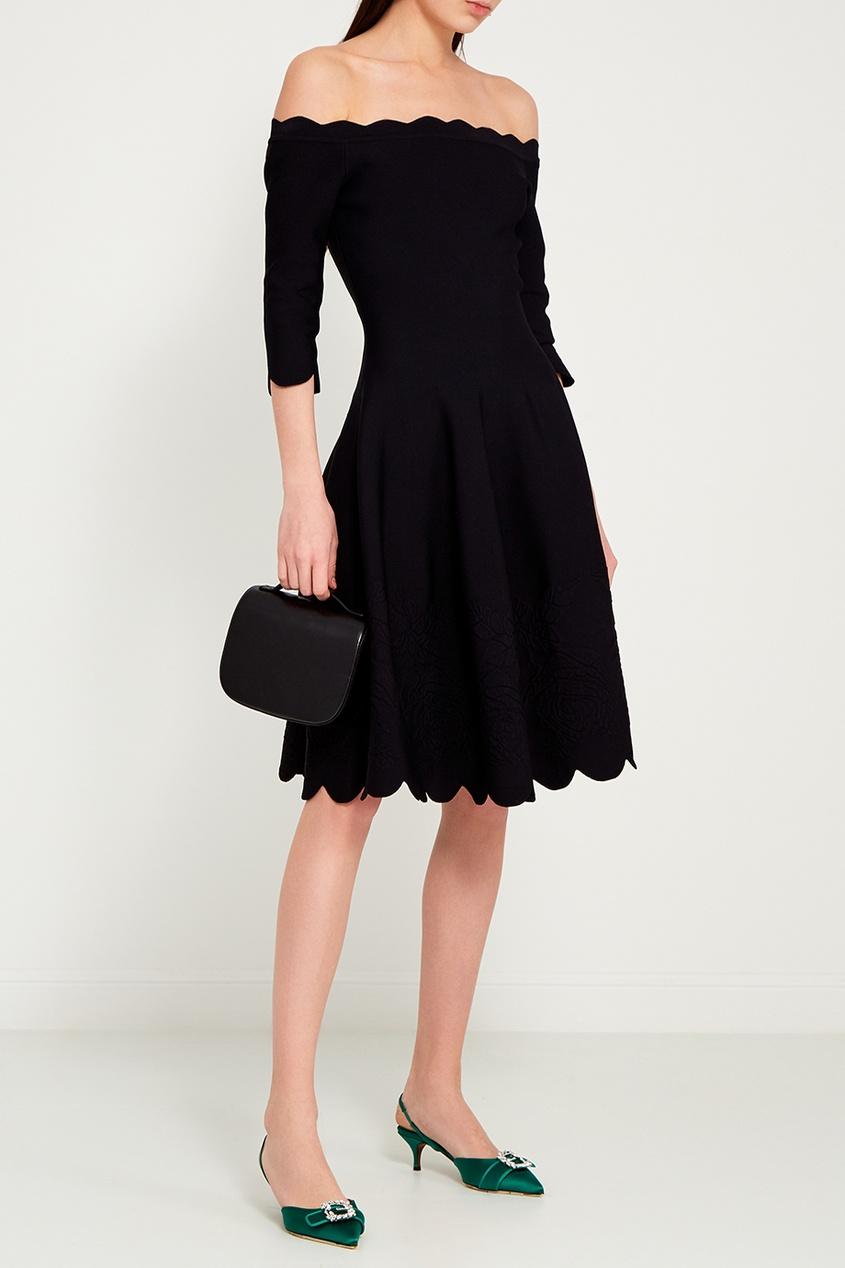 Приталенное мини-платье