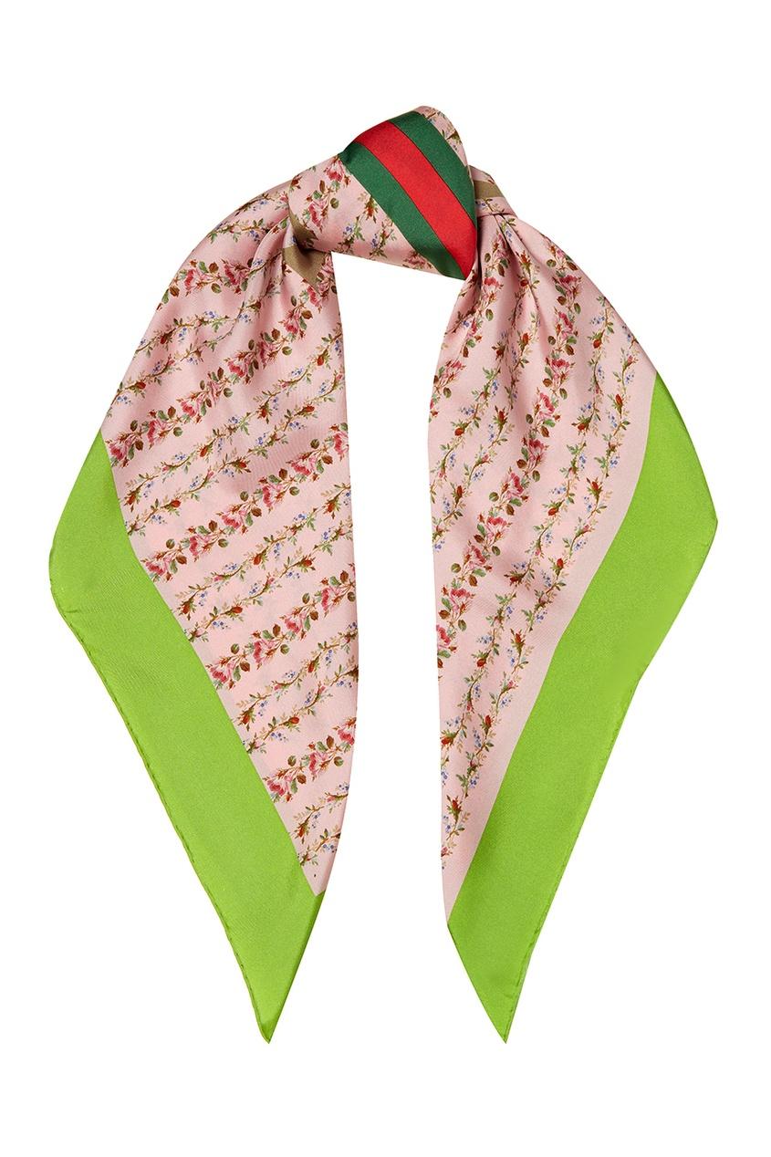 Розовый шелковый платок с цветами
