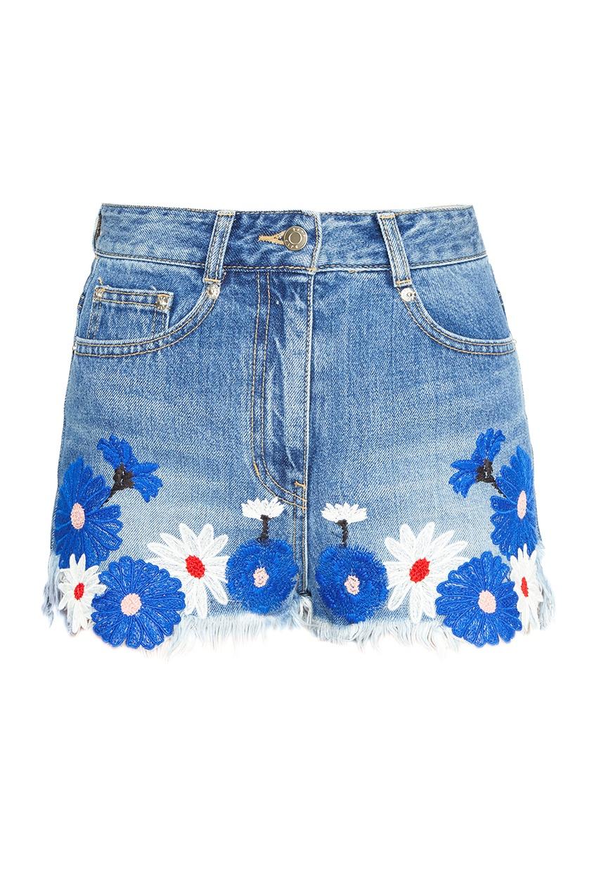 Фото #1: Джинсовые шорты с вышитыми цветами