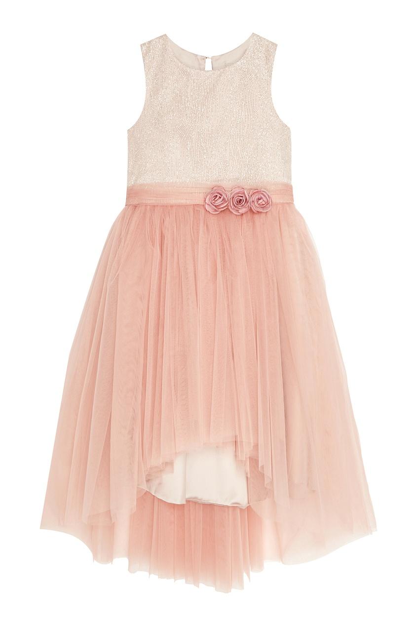 Розовое платье с пышным подолом