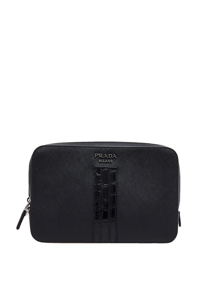 Черная кожаная сумка от Prada