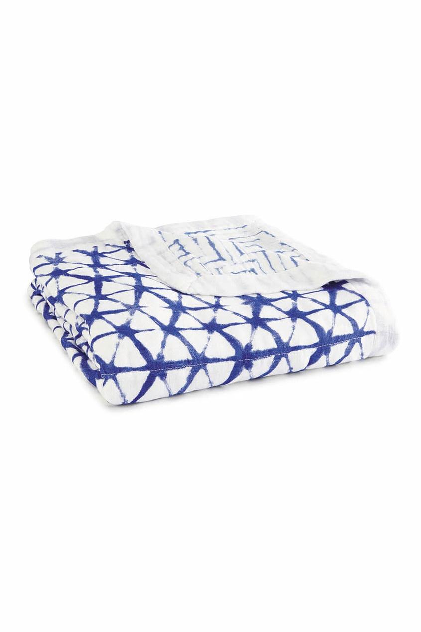 Одеяло с ярким геометрическим принтом