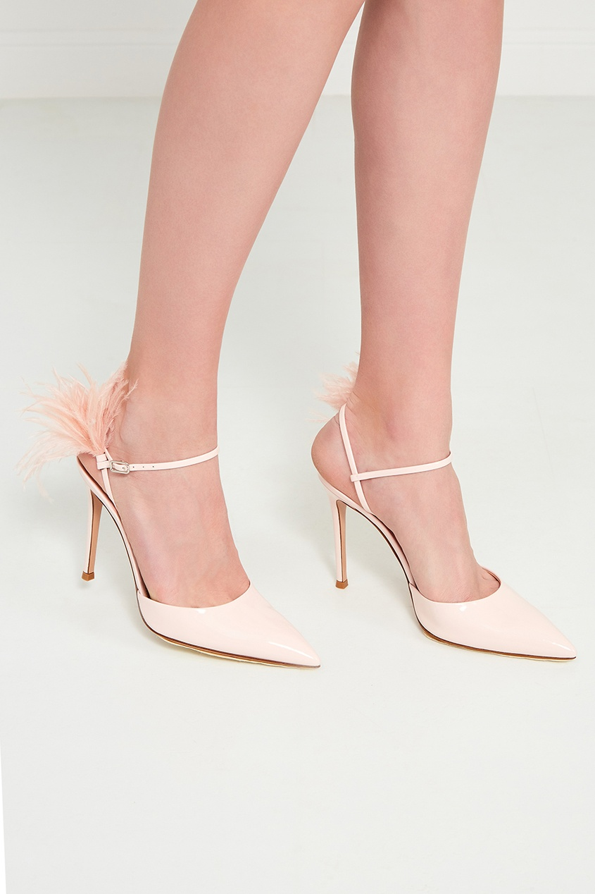 Розовые туфли с перьями