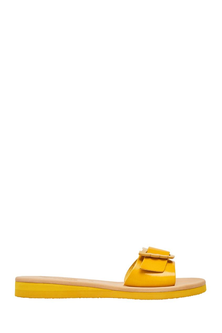 Желтые сандалии из кожи