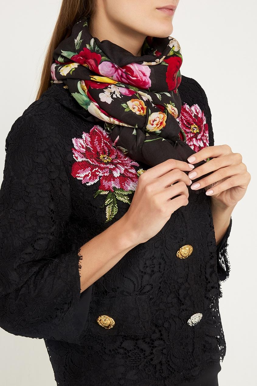 Черный платок с цветами