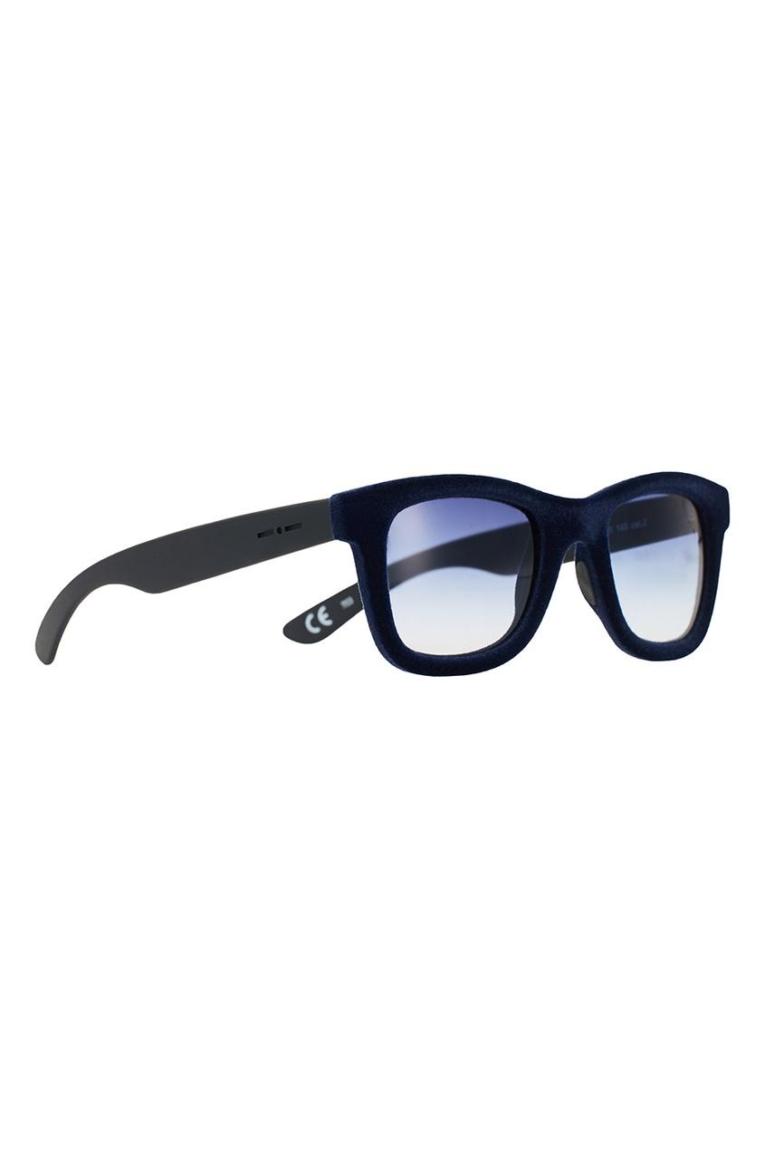 Синие очки с бархатной отделкой