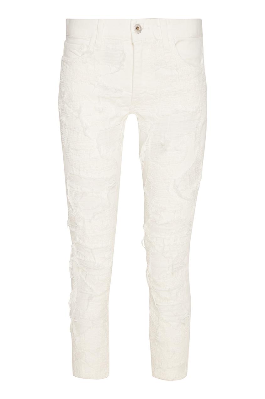 Белые джинсы с прорезями