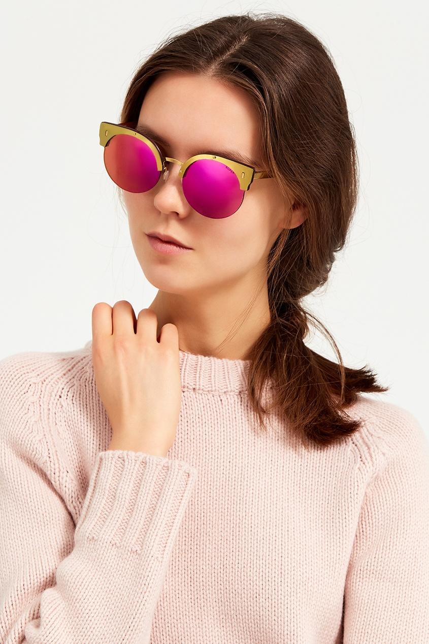 Розовые очки с золотистой оправой