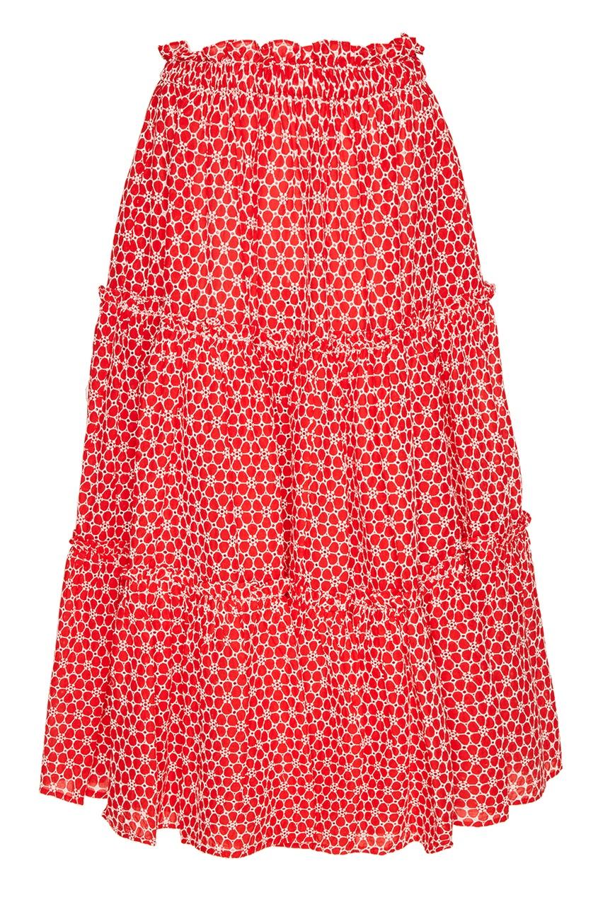 Красная юбка с вышитыми цветами