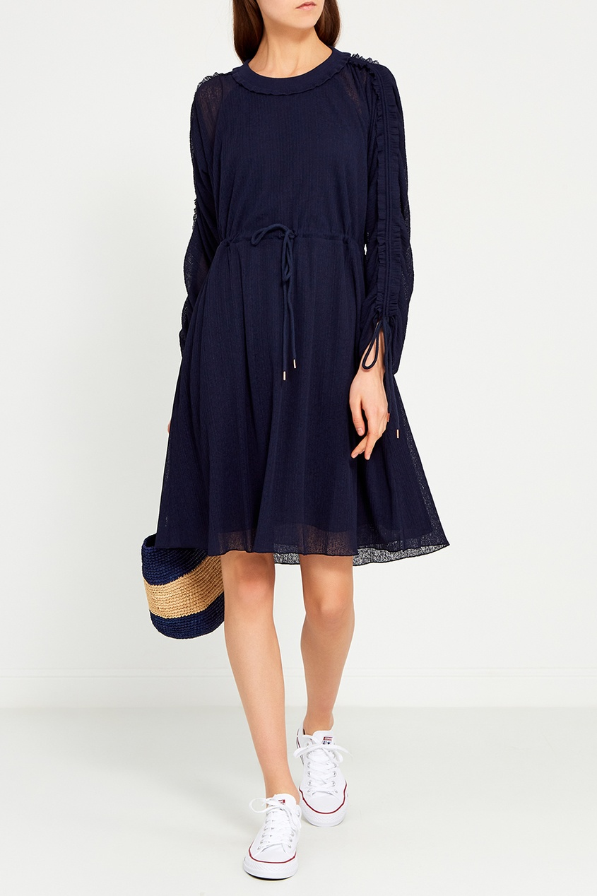 Синее платье с завязками на талии