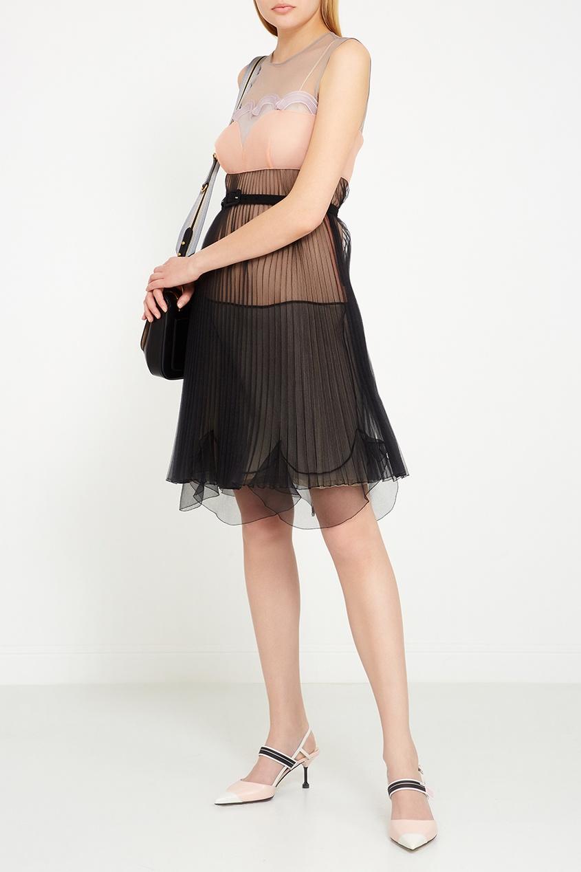 Черная кожаная сумка на текстильном ремне