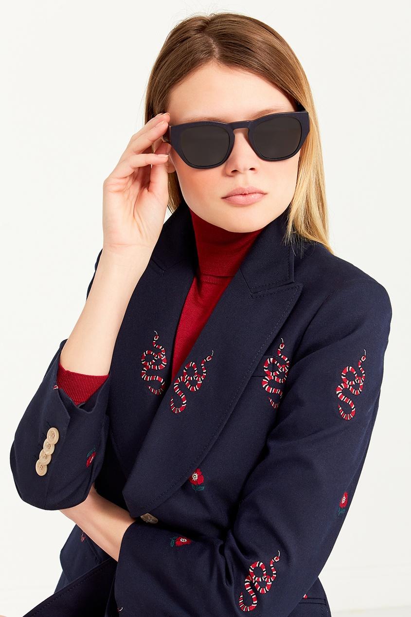 Солнцезащитные очки в текстурированной оправе
