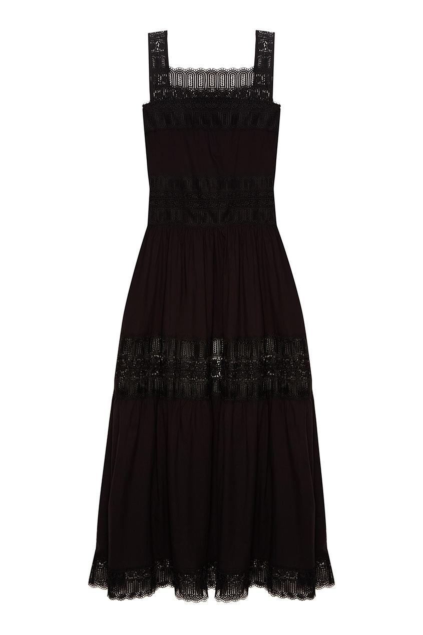 Черное платье с ажурной отделкой