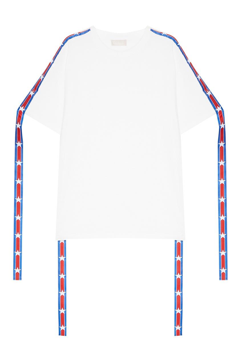 Constance. C Белая футболка с декоративной тесьмой constance c белые брюки с кнопками