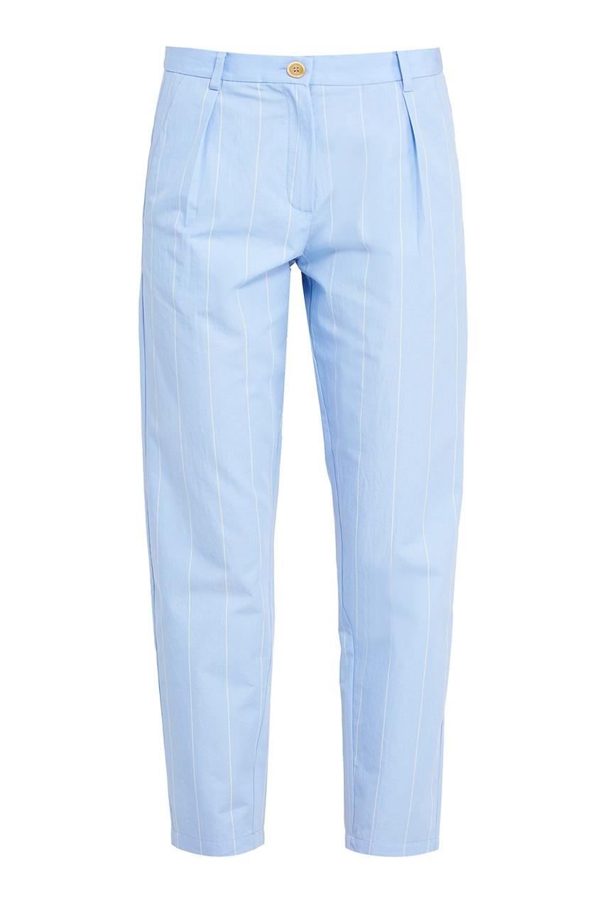 Голубые брюки в полоску