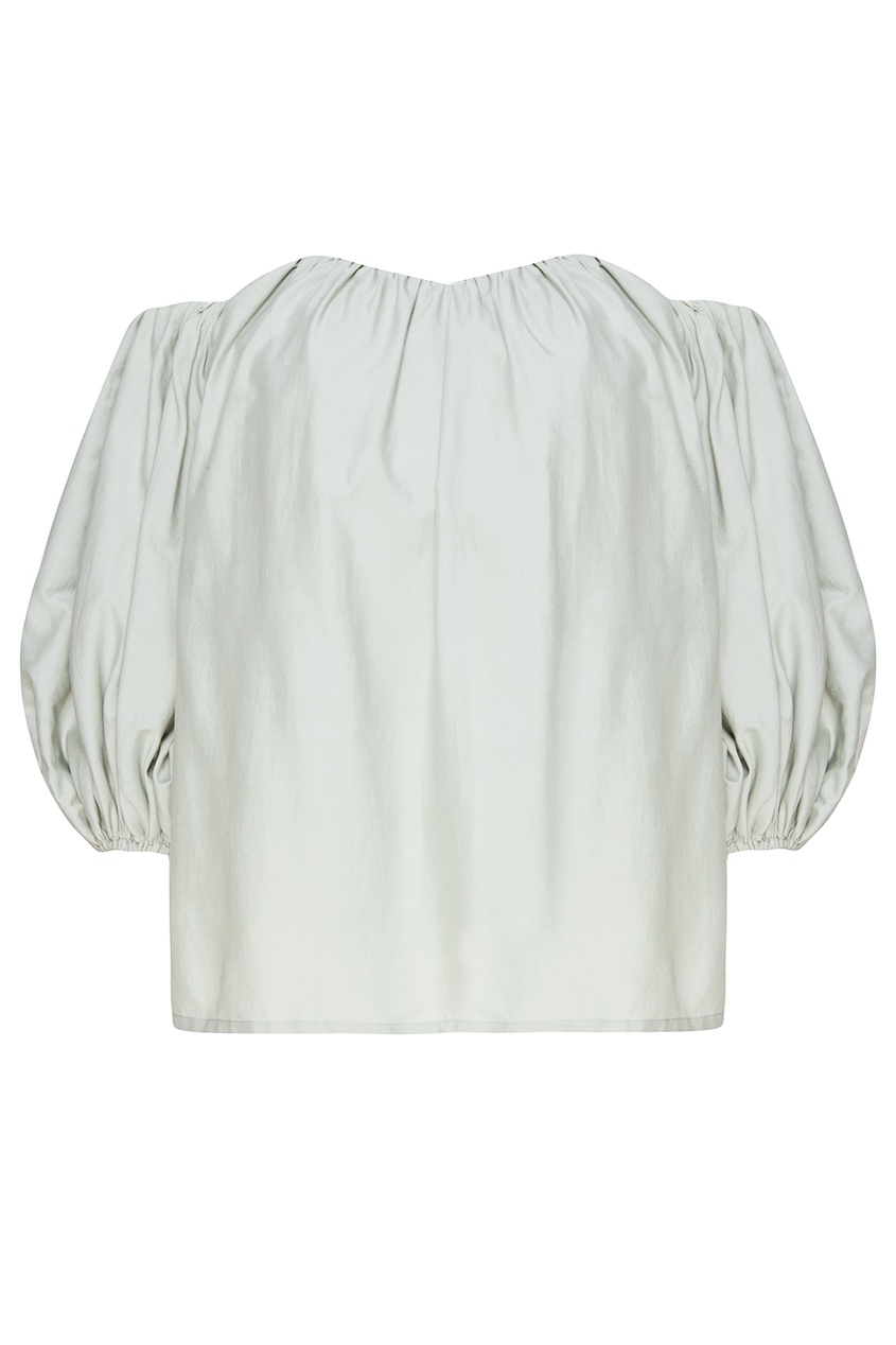 Зеленая блузка с открытыми плечами