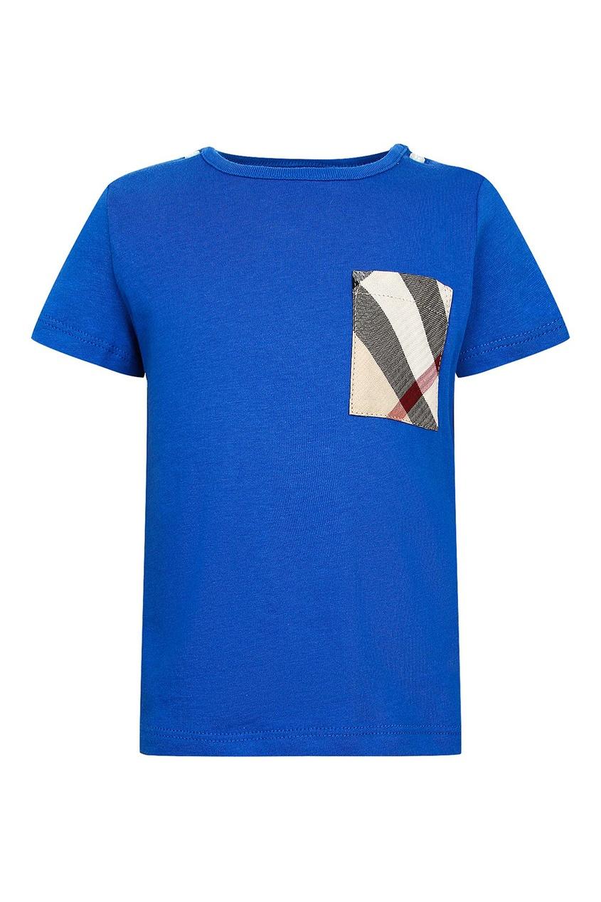 Синяя футболка с цветным карманом