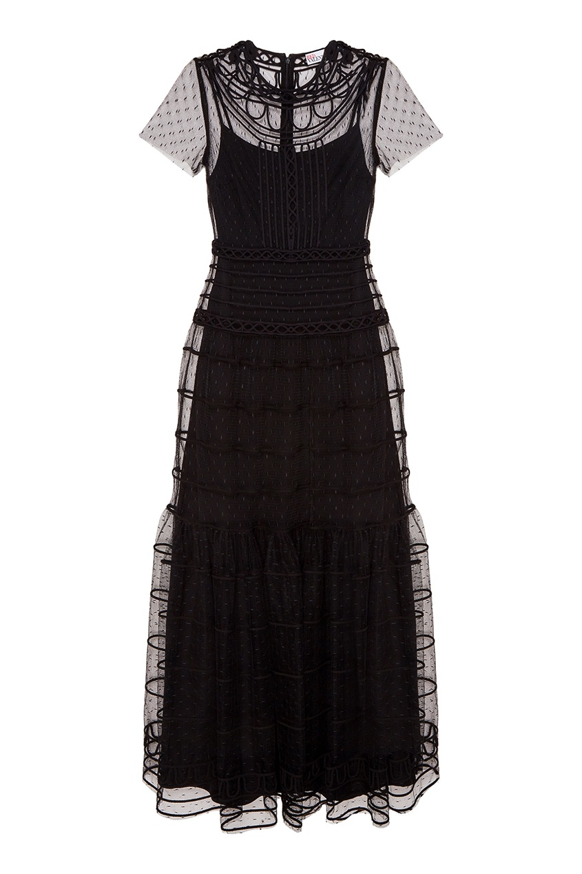Вечернее платье из вышитой сетки