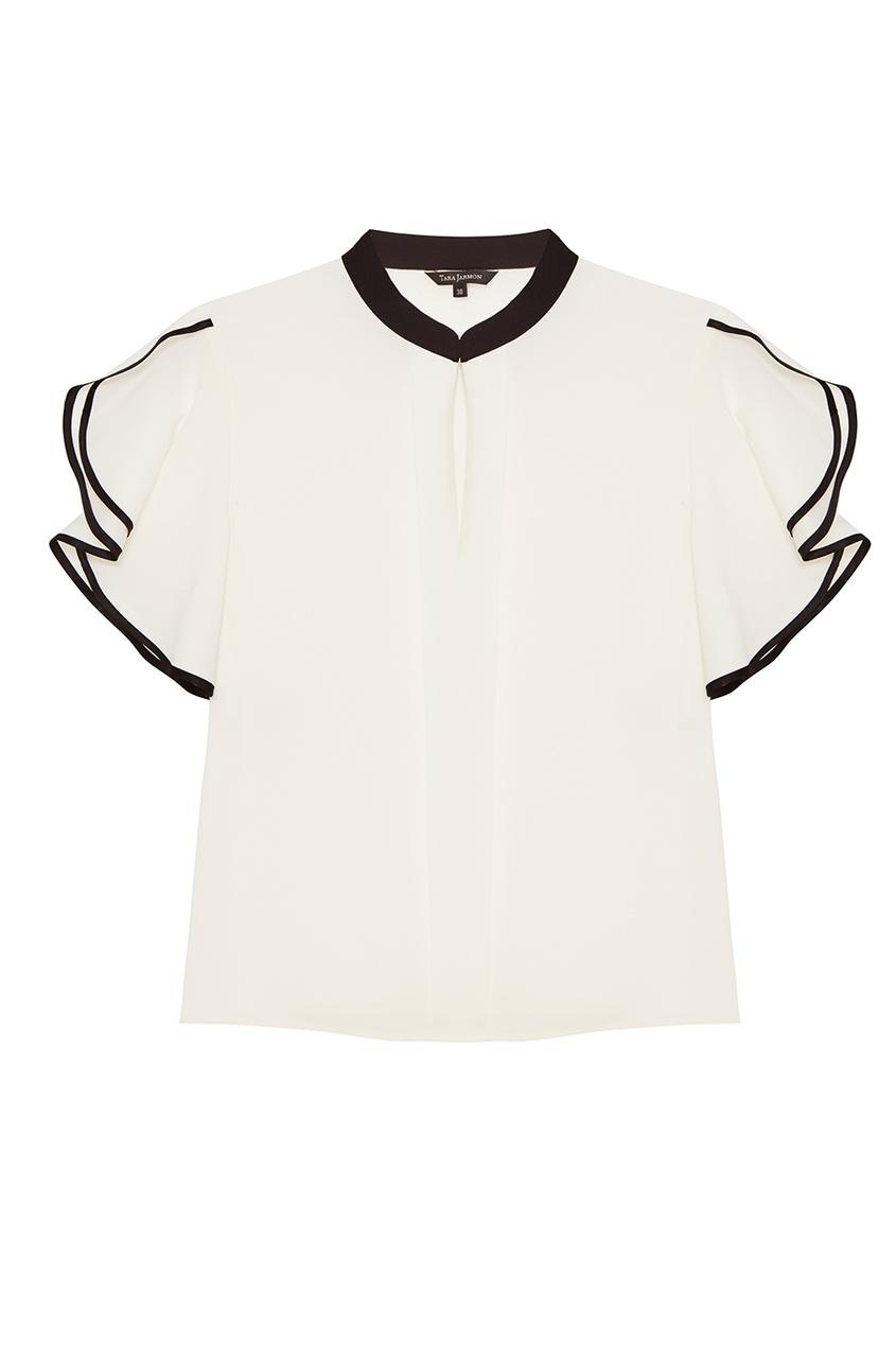 Белая блузка с черными окантовками