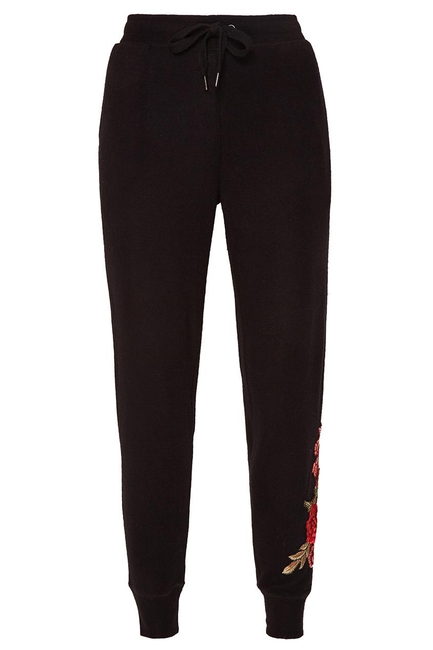 Черные брюки с цветочным декором