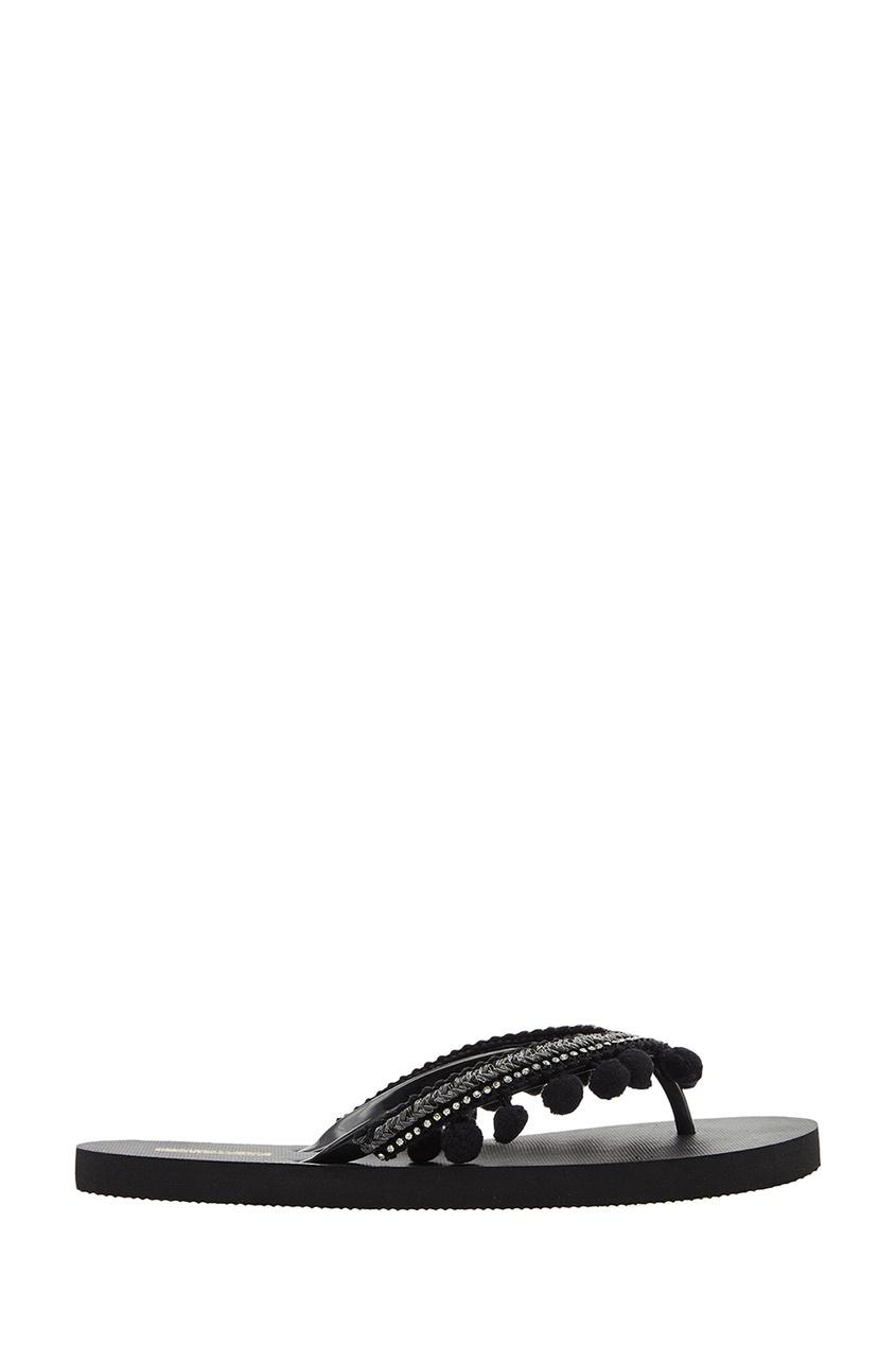 Черные сандалии с помпонами