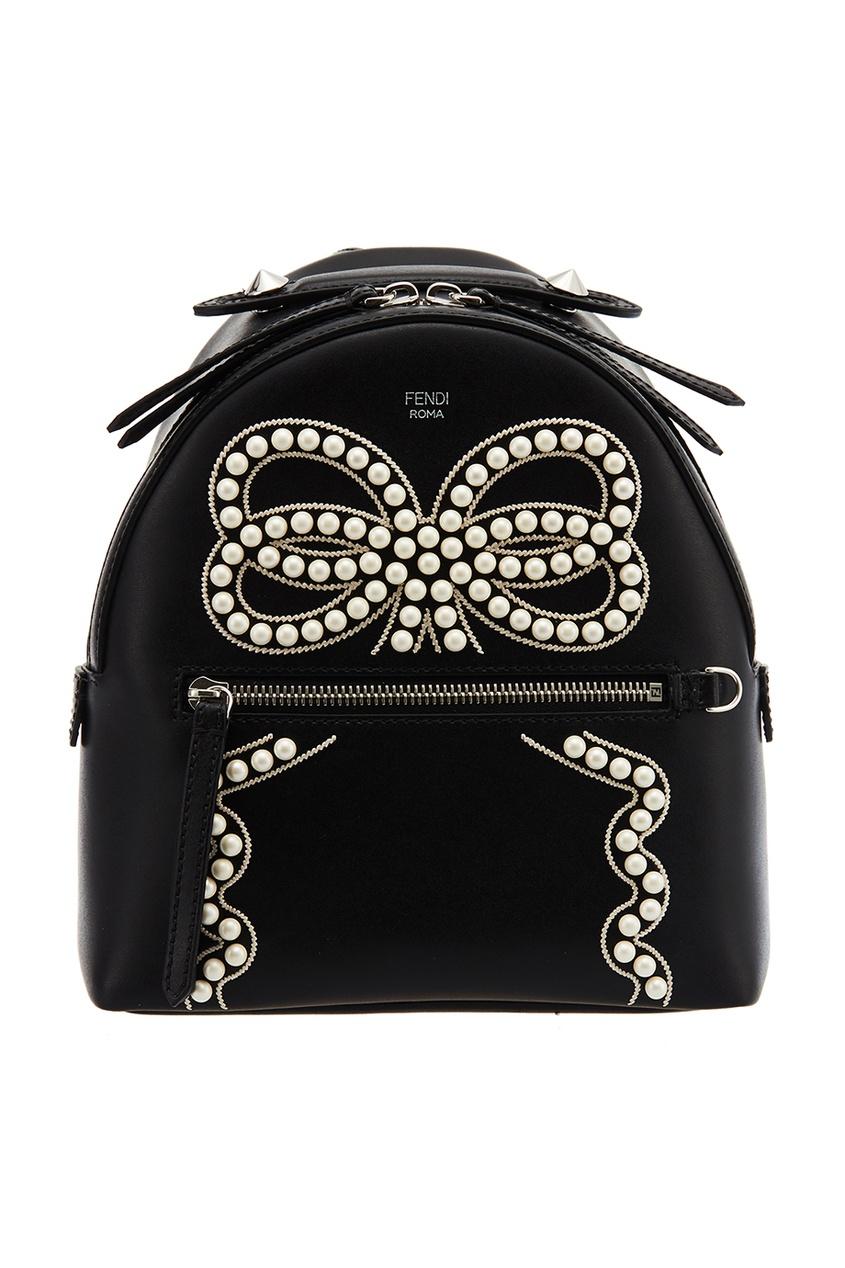 Черный кожаный рюкзак с бусинами