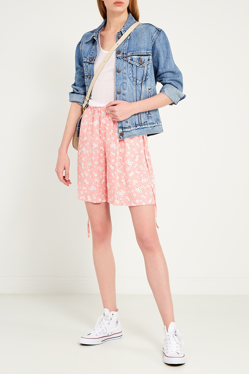 Фото 2 - Розовые шорты с цветами от BLANK.MOSCOW розового цвета