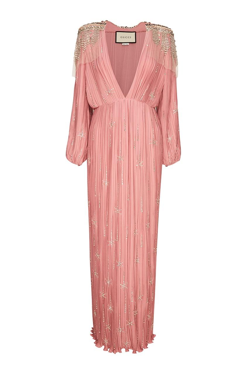 Розовое платье из плиссированного шелка
