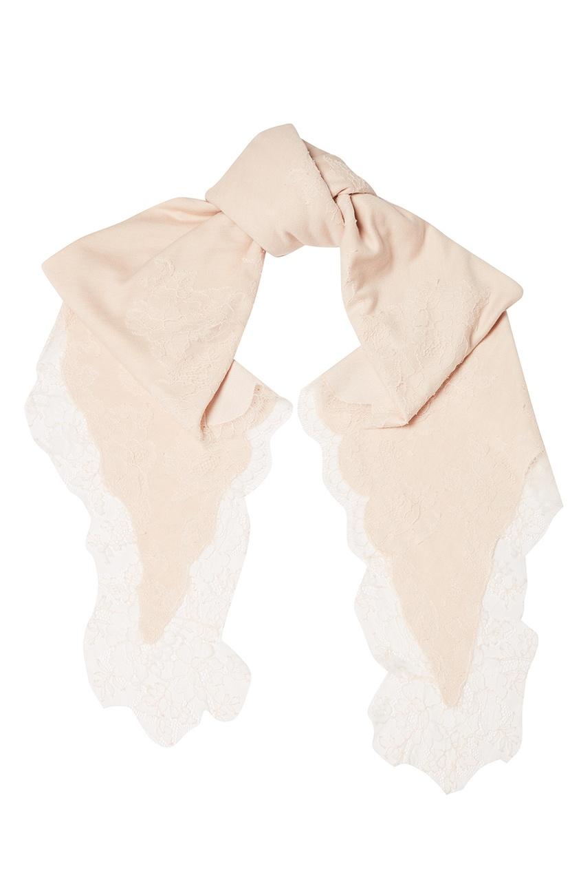 Бежевый платок с кружевом