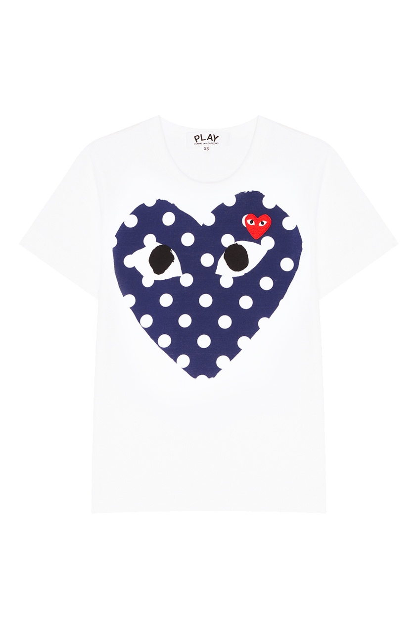 где купить Comme des Garcons PLAY Белая футболка с контрастными сердцами дешево