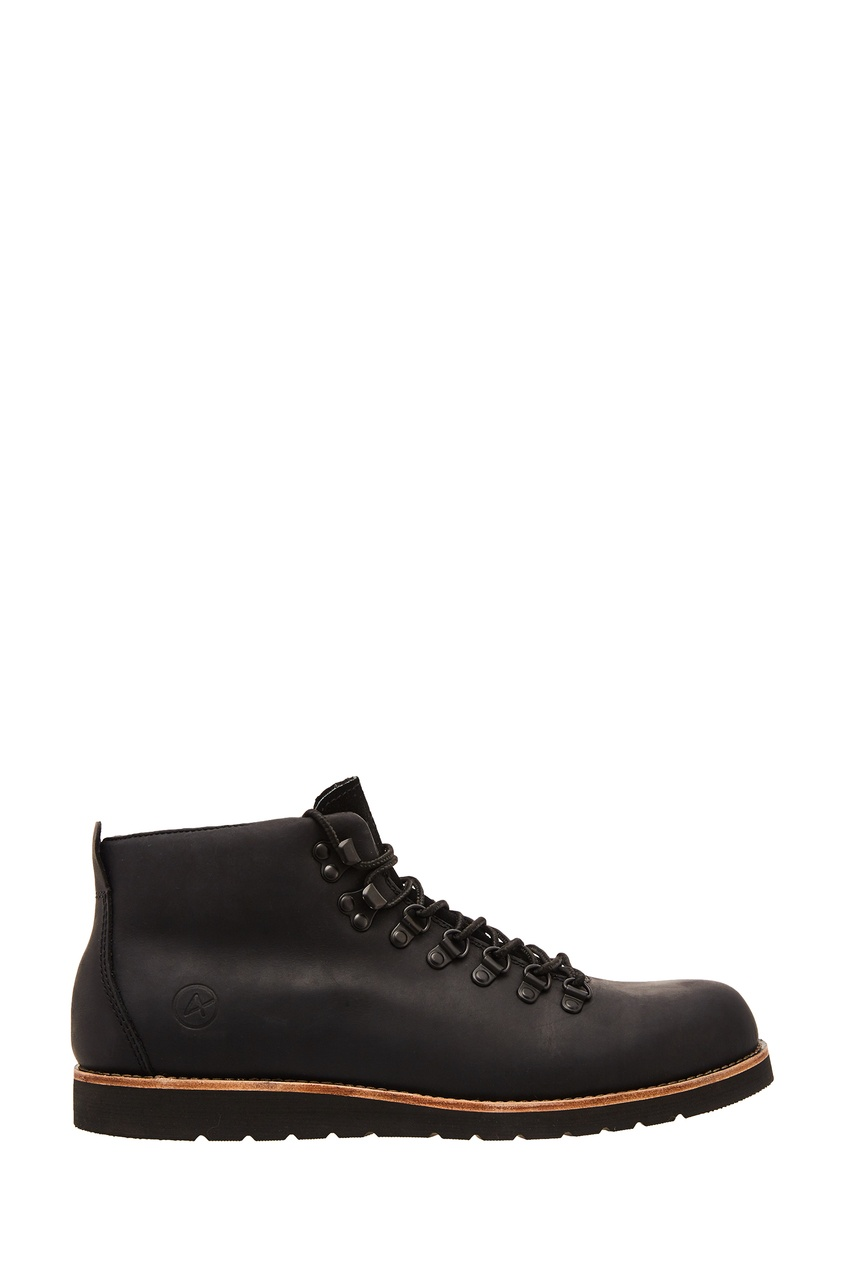 Купить со скидкой Черные ботинки из кожи Shanghai