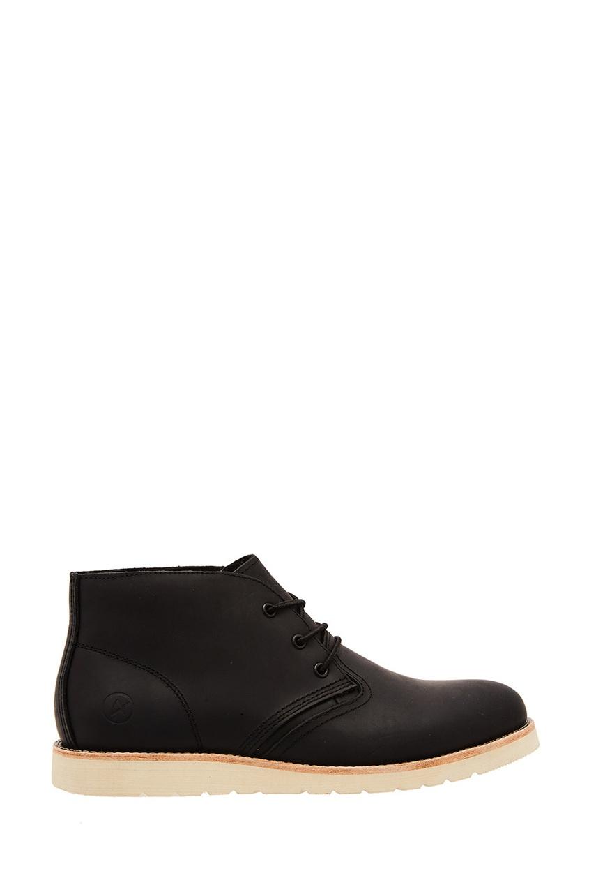 Купить со скидкой Черные ботинки с белой подошвой Saint-P.
