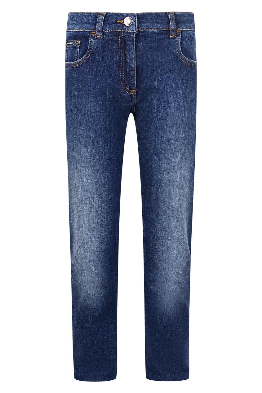 Купить Голубые джинсы с потертостями синего цвета