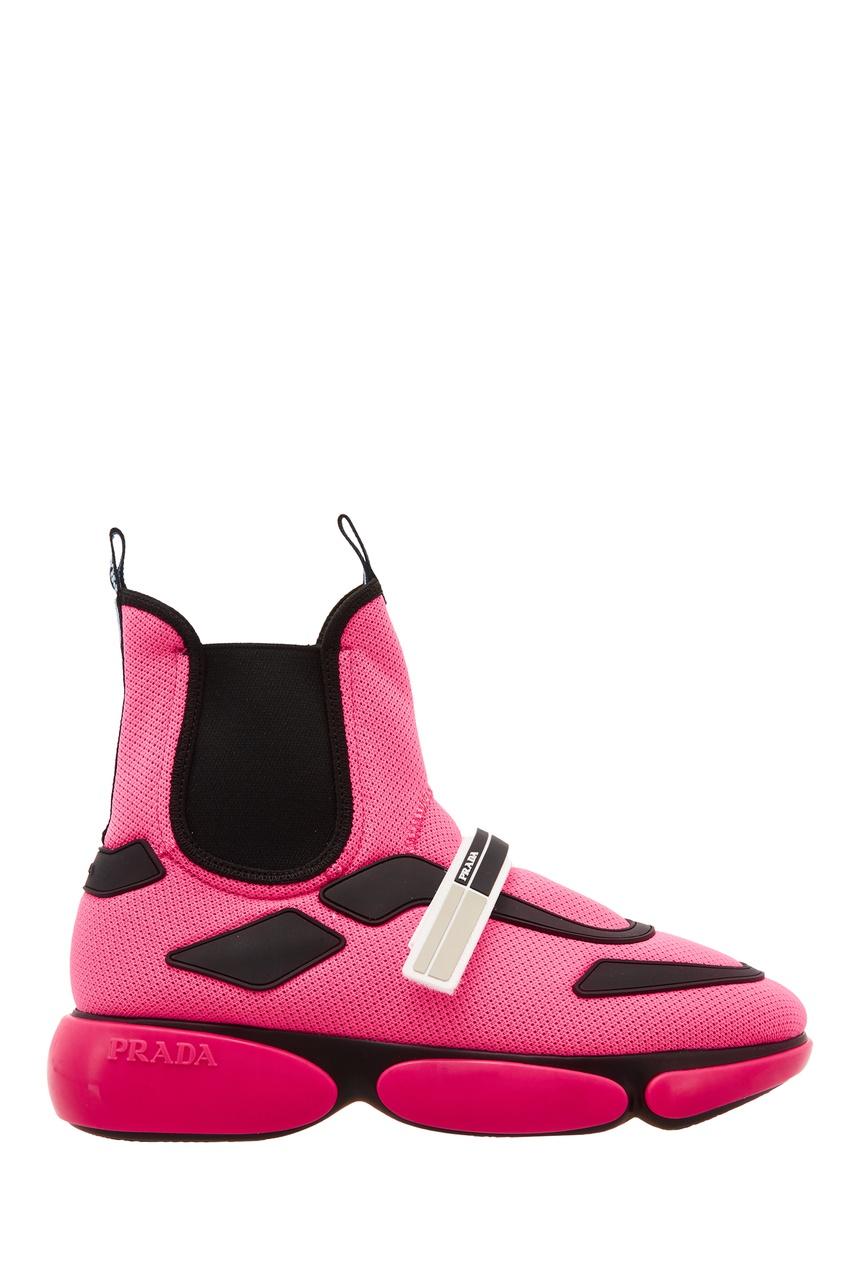 Розовые ботинки с контрастной отделкой