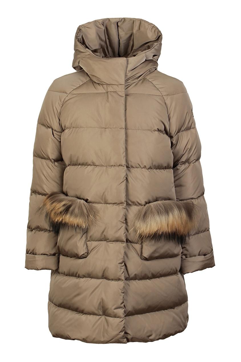 Купить Зимнее пальто с меховой отделкой бежевого цвета