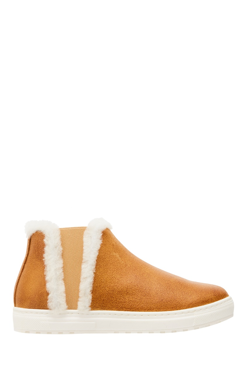 Коричневые ботинки из замши и меха