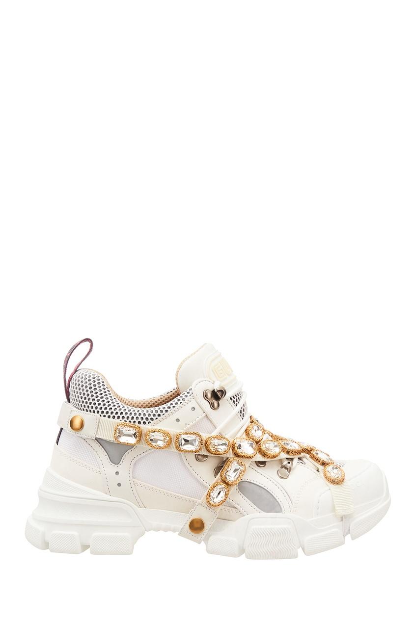 Купить Белые кроссовки Flashtrek со съемным декором от Gucci белого цвета