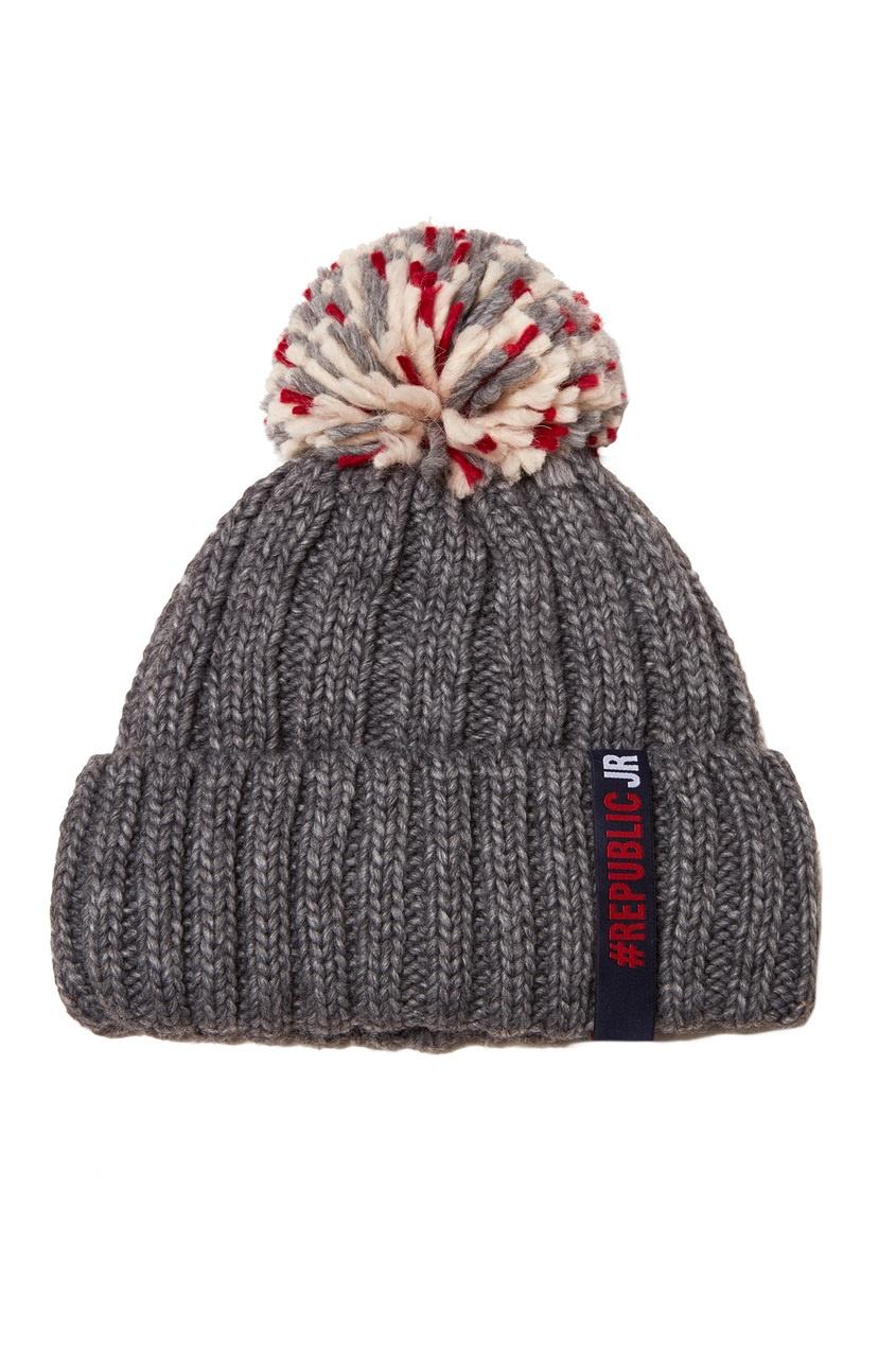 Серая шапка с помпоном от Junior Republic