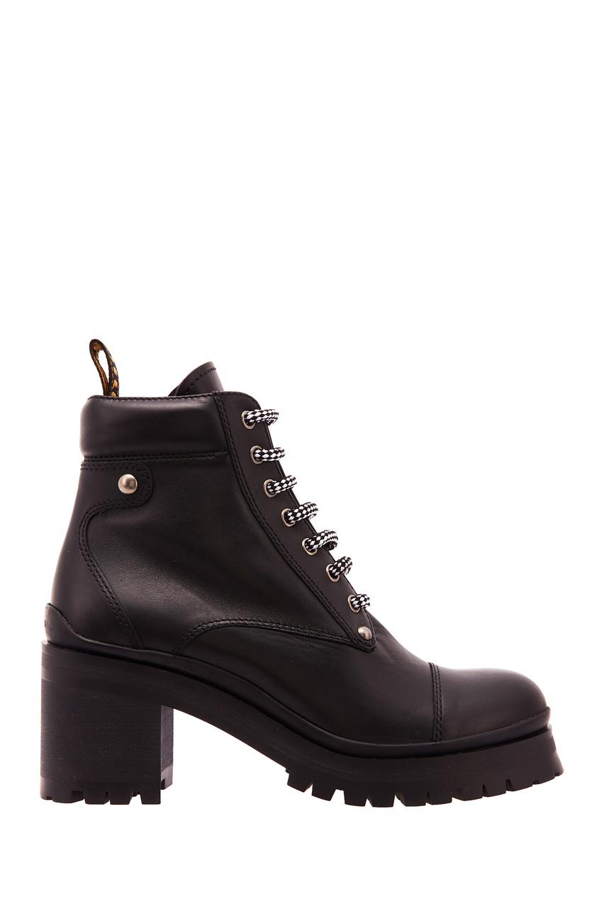 Ботинки с двухцветными шнурками от Miu Miu