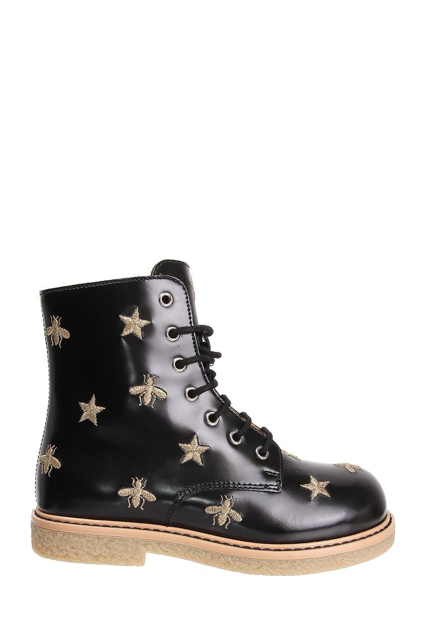 Купить Черные ботинки с золотистой вышивкой от Gucci Kids черного цвета