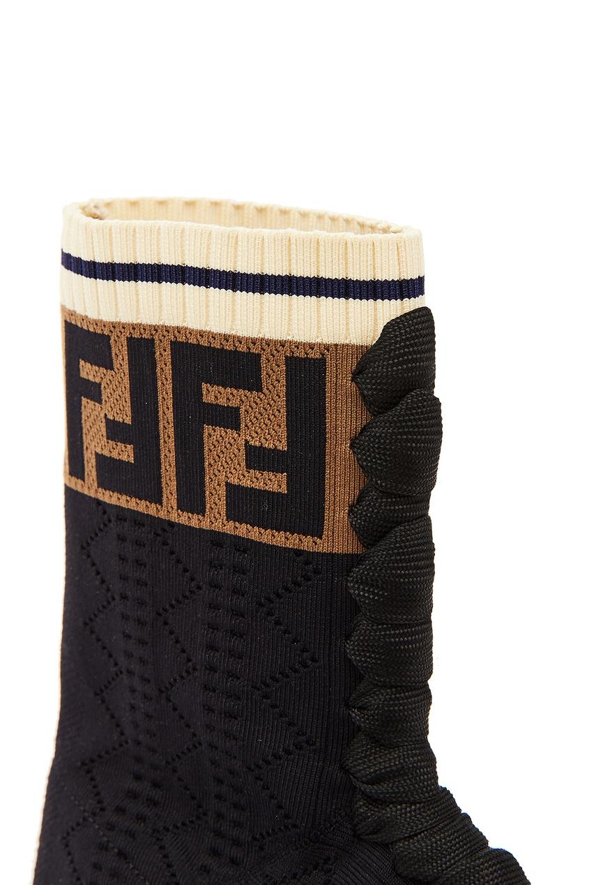 Фото 4 - Черные текстильные ботинки от Fendi черного цвета