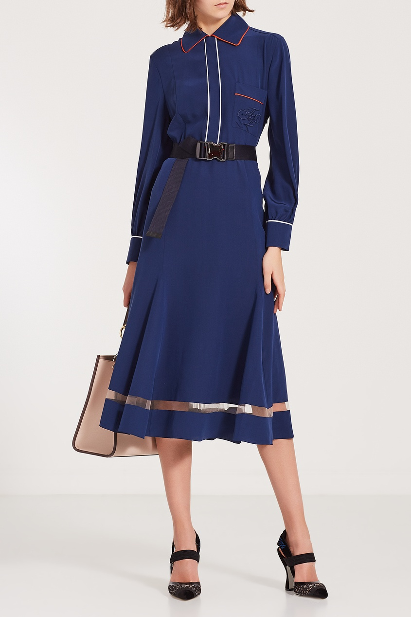 Фото 5 - Синее платье-миди с отделкой от Fendi синего цвета