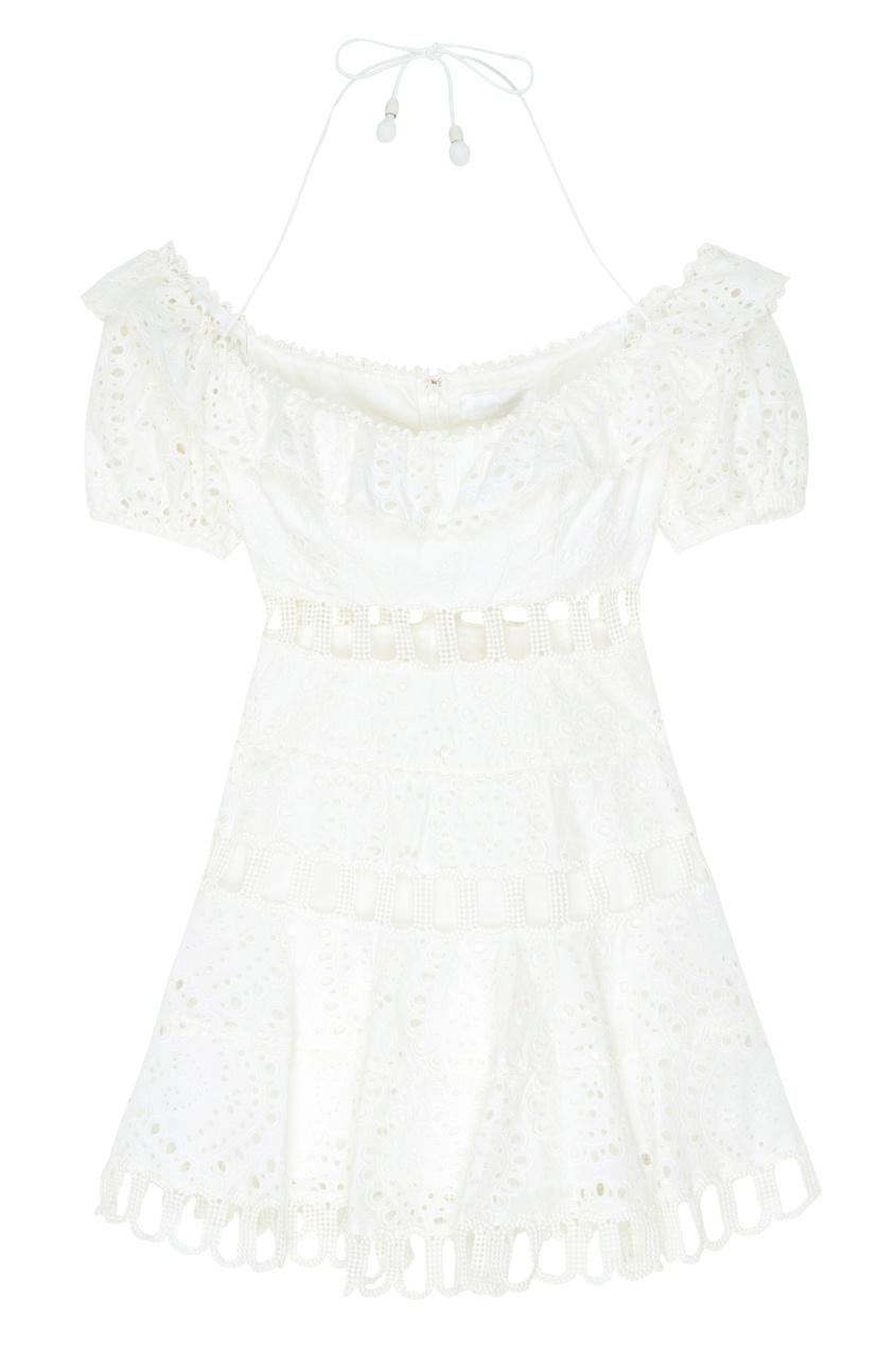 Белое платье мини с открытыми плечами
