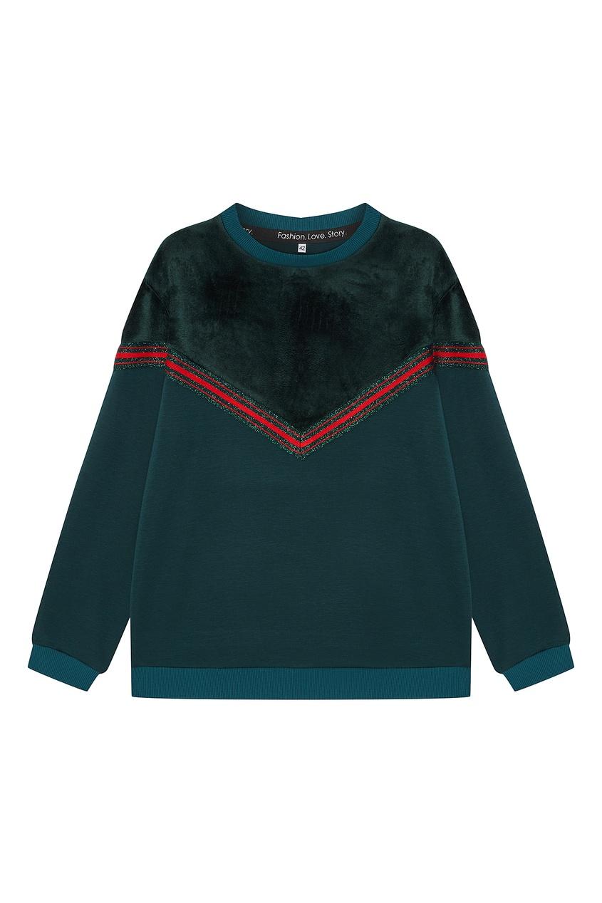 Купить со скидкой Зеленый спортивный костюм с красной отделкой