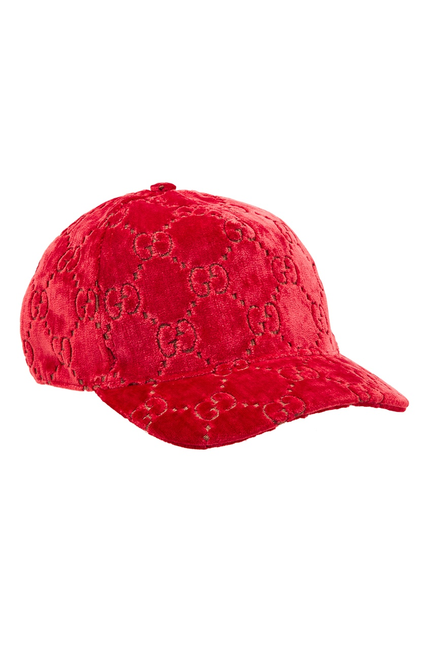 Алая бархатная кепка с узором GG от Gucci