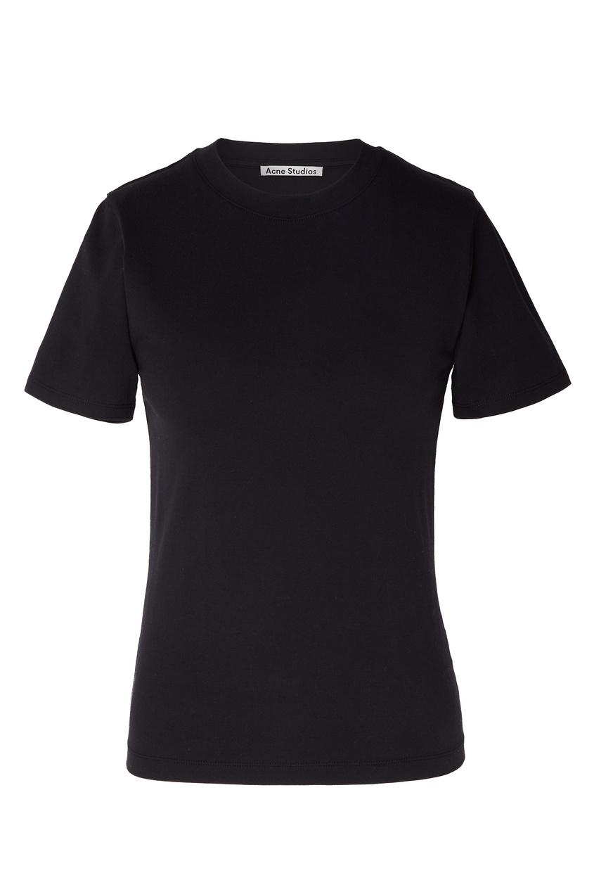 Черная футболка с вырезом под горло
