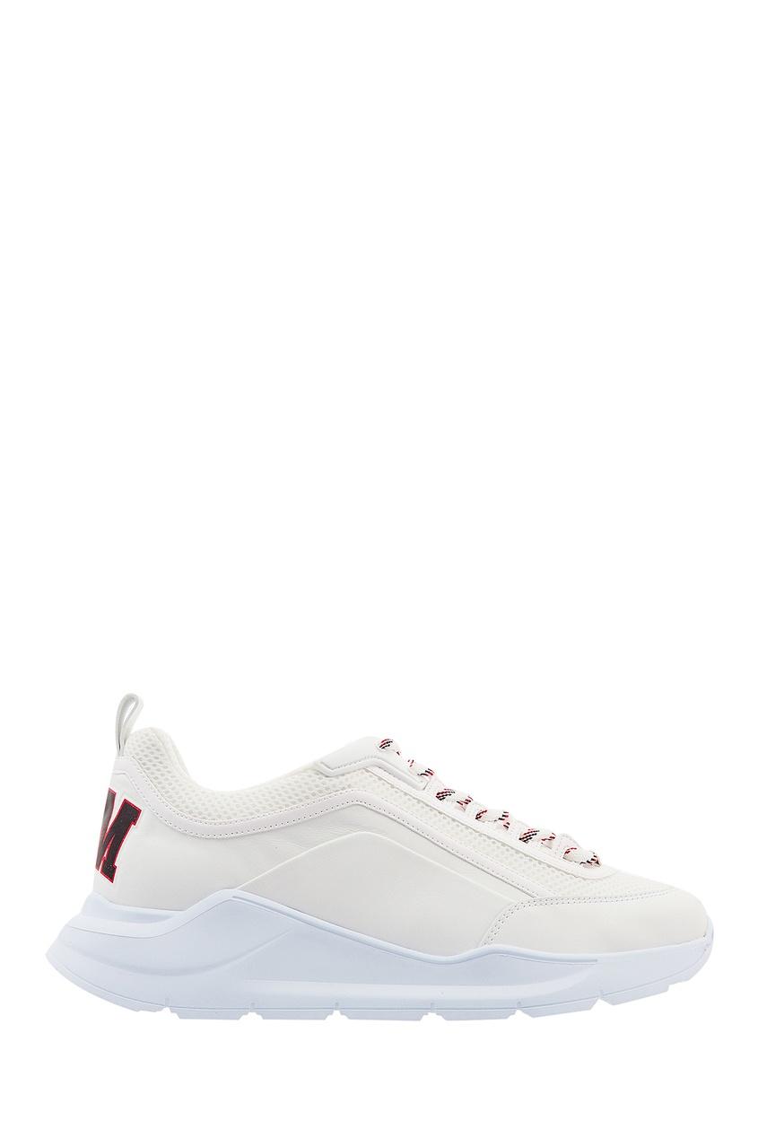 Купить со скидкой Белые кроссовки с цветной шнуровкой