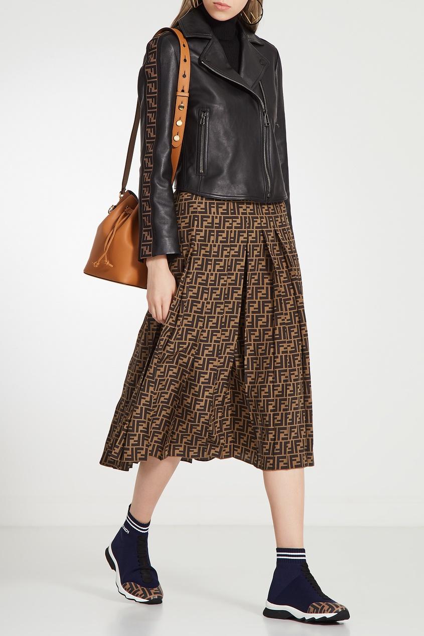 Куртка косого кроя с отделкой на рукавах от Fendi